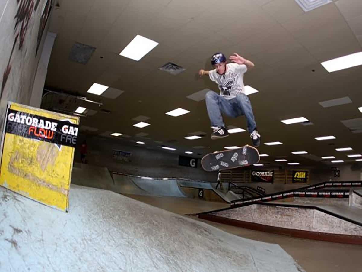 skateboard_kickflip